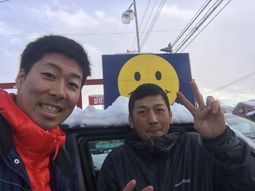 12月16日 本店、金曜日のオールスターブログ☆ ランクル・ハマー・アルファードはTOMMYへ♫_b0127002_19345870.jpg