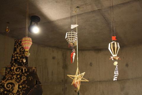 「魔女と、ステキな暮らし方」  Go ballooning !! _a0260022_23413941.jpg