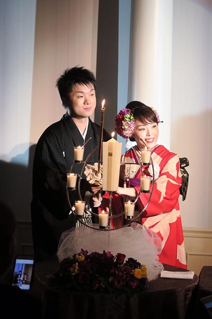 花嫁の洗練の赤の着こなし☆祝宴を彩る_b0098077_17135159.jpg