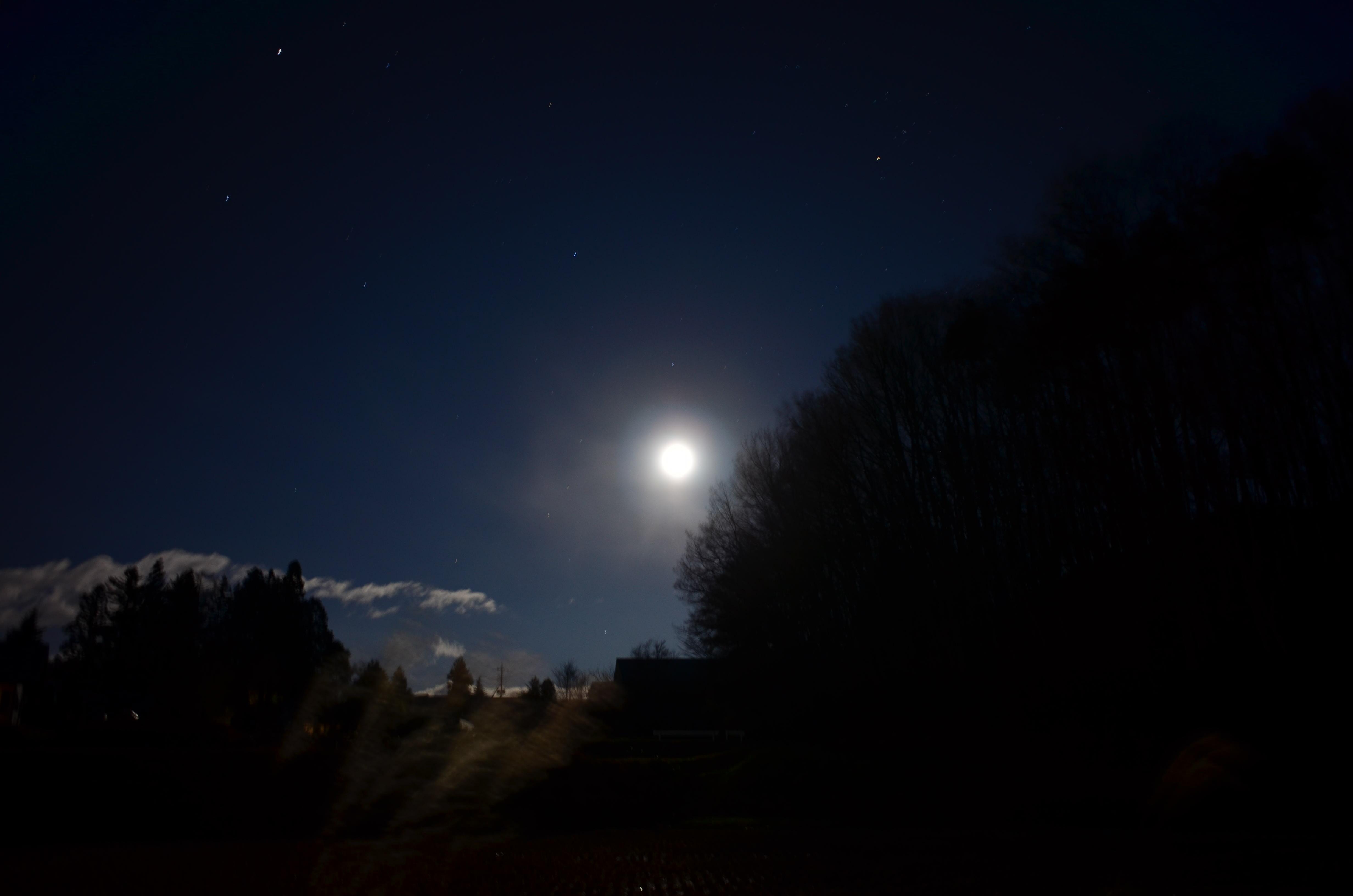 美しい月夜の晩^^_a0211886_0564147.jpg