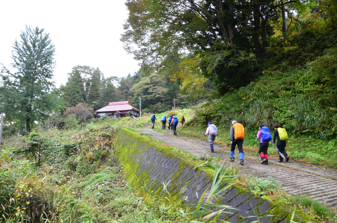 Shinetsu Trail Tour 2016 Oct 13 to Oct 23 [Part 2]_d0112928_4335863.jpg