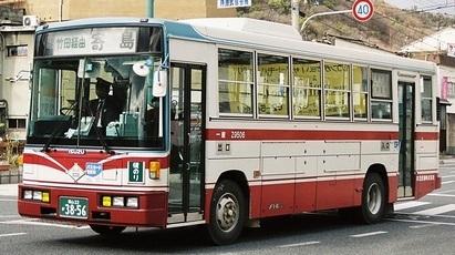 井笠鉄道 いすゞU-LR232J +富士8E_e0030537_02325189.jpg