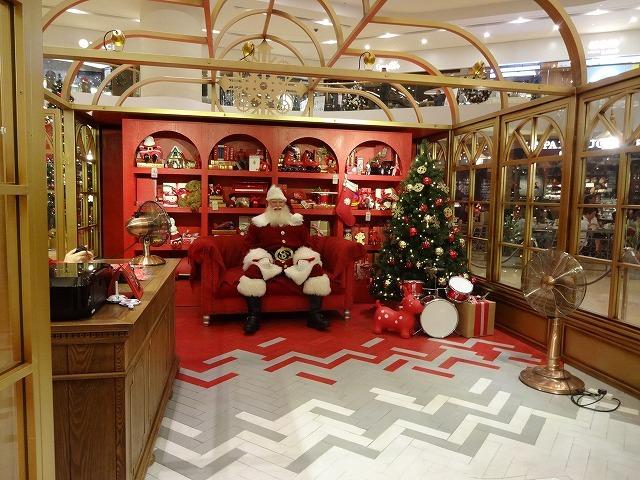 太古廣場(パシフィックプレイス)のクリスマスデコレーション 2_b0248150_14525911.jpg