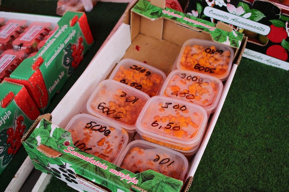 ハカニエミ市場のプオルッカ_e0152073_23101366.jpg