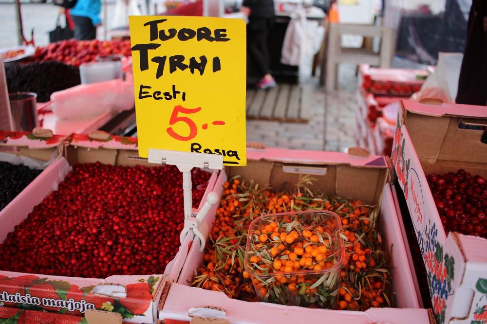 ハカニエミ市場のプオルッカ_e0152073_239211.jpg