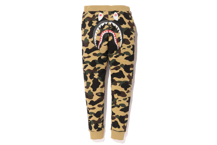 1ST CAMO SHARK SLIM SWEAT PANTS_a0174495_15421442.jpg