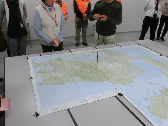 南海トラフ巨大地震の底知れぬ大きさと怖さ! 災害図上訓練「DIGセミナー」で_f0141310_804883.jpg