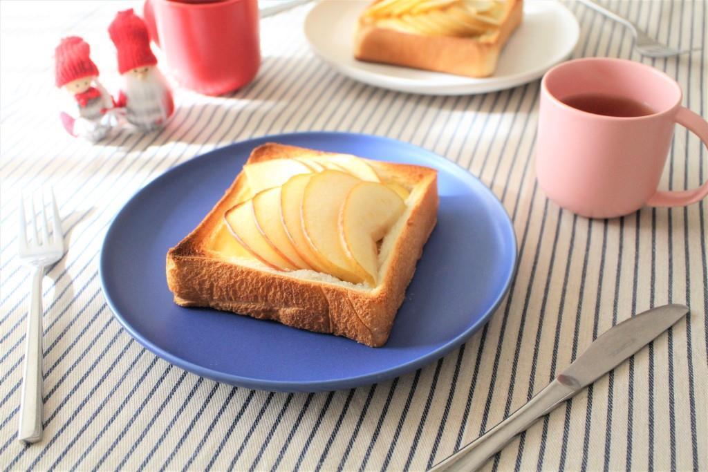 りんごトースト_f0220354_13244020.jpg