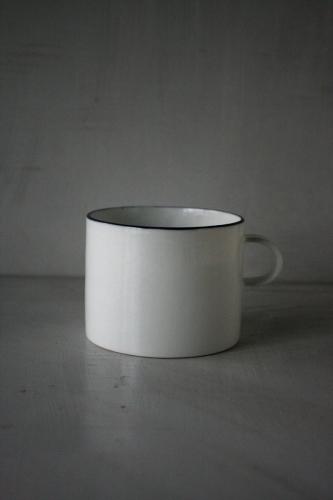 「コーヒーカップダイアリーズ」出展者のご紹介 赤堀友美さん。_e0060555_00324144.jpeg