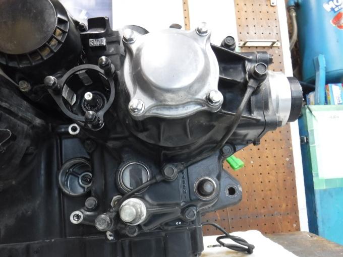 kawasaki ZL900 エンジンオーバーホールでござる。その4_a0163159_00275735.jpg