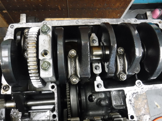 kawasaki ZL900 エンジンオーバーホールでござる。その5_a0163159_00392369.jpg