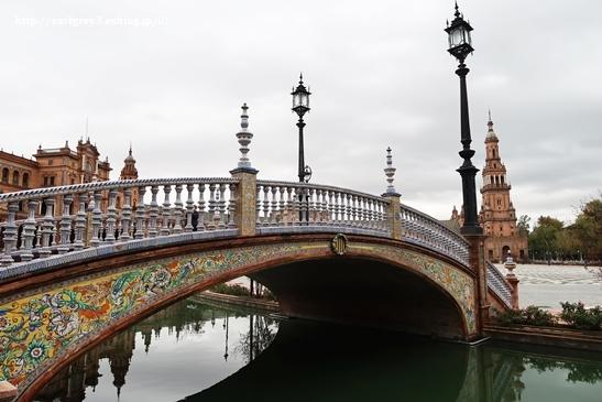 スペイン旅 2016  セビリア スペイン広場_d0353281_01133457.jpg