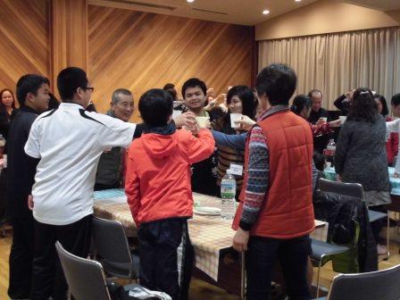 杉之浦の中心で国際交流を叫ぶ!! パート2 ~フィリピンの皆さんとクリスマスパーティーを楽しむ~_f0229523_18562528.jpg