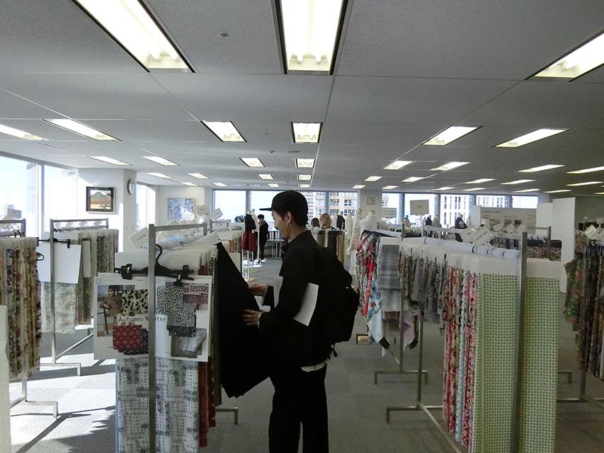 研修旅行で神戸・大阪へ_b0163640_15592865.jpg