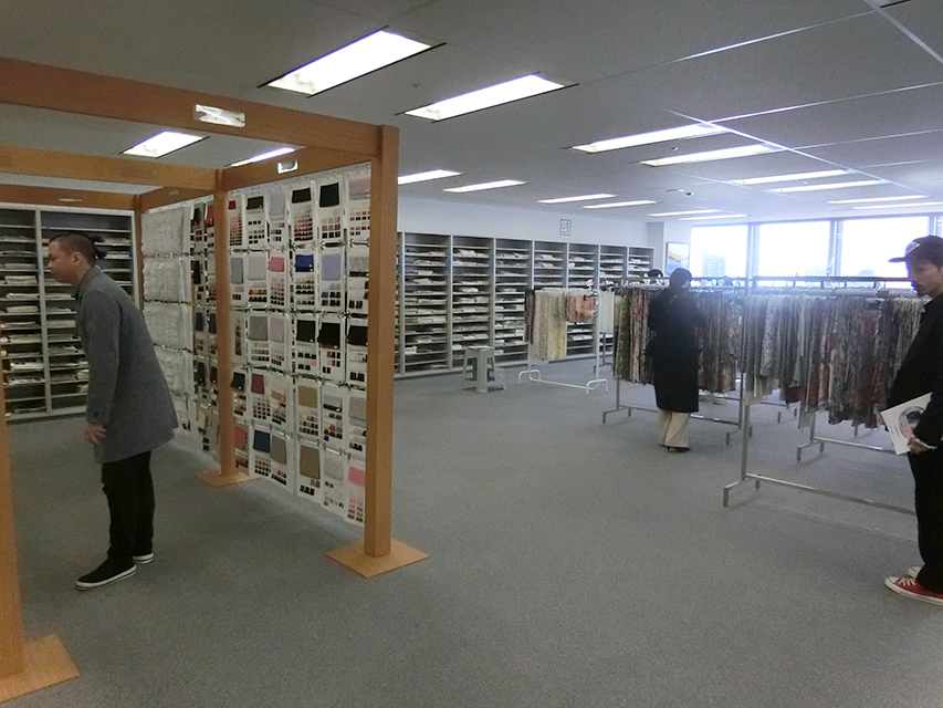 研修旅行で神戸・大阪へ_b0163640_1559388.jpg
