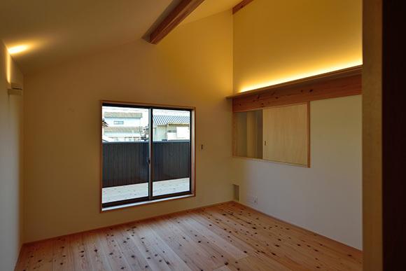 建物完成見学会 人が集う「松尾の家」_e0164563_08571337.jpg