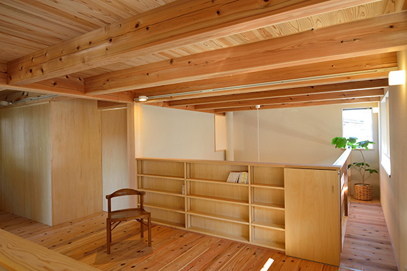 建物完成見学会 人が集う「松尾の家」_e0164563_08571362.jpg