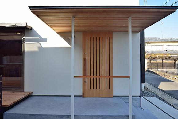 建物完成見学会 人が集う「松尾の家」_e0164563_08571401.jpg