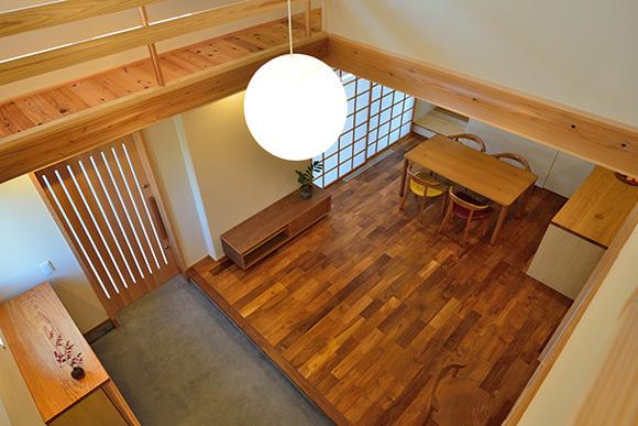 建物完成見学会 人が集う「松尾の家」_e0164563_08571455.jpg