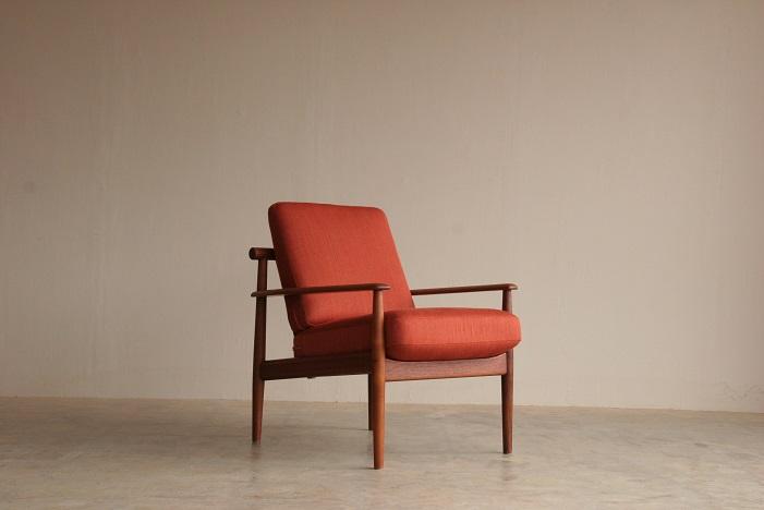 『燕市A様邸 Finn Juhl Easy Chair(Teak)』_c0211307_16344860.jpg