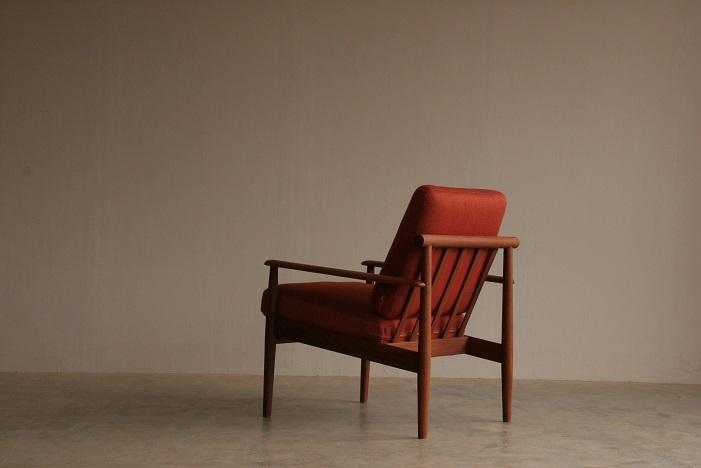 『燕市A様邸 Finn Juhl Easy Chair(Teak)』_c0211307_16352080.jpg