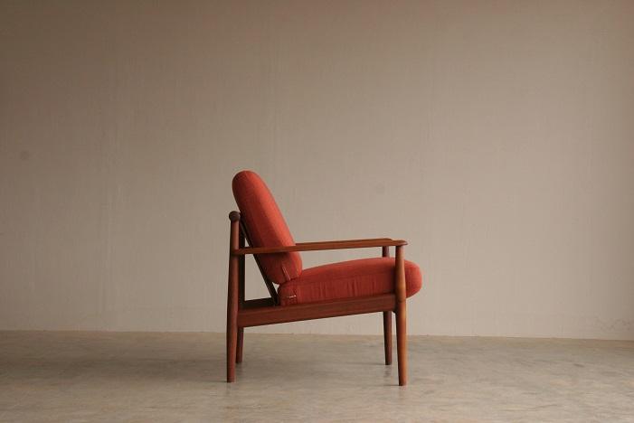 『燕市A様邸 Finn Juhl Easy Chair(Teak)』_c0211307_1635359.jpg