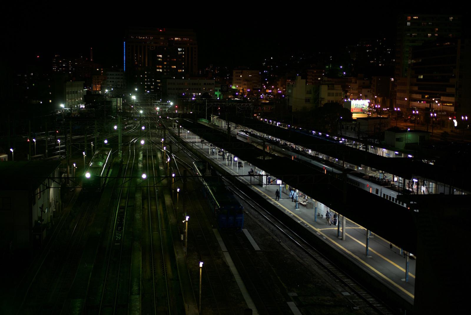 Platform_f0231512_11512712.jpg