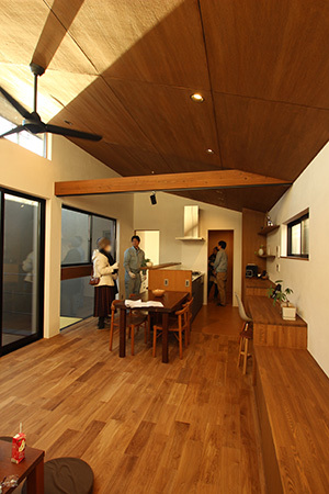「船橋の家」完成見学会を行いました_f0170331_15315639.jpg