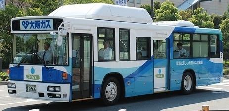 日本交通(大阪) 日デKL-UA452KAN +西工96MC CNG車_e0030537_22500921.jpg