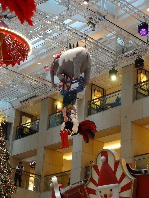 置地廣場(ザ・ランドマーク)のクリスマスデコレーション3_b0248150_09441934.jpg