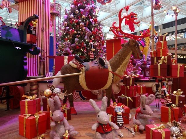置地廣場(ザ・ランドマーク)のクリスマスデコレーション3_b0248150_09572673.jpg