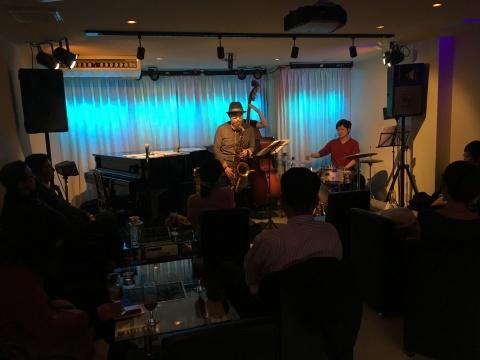 Jazzlive comin  本日木曜日のライブ!_b0115606_12083150.jpg