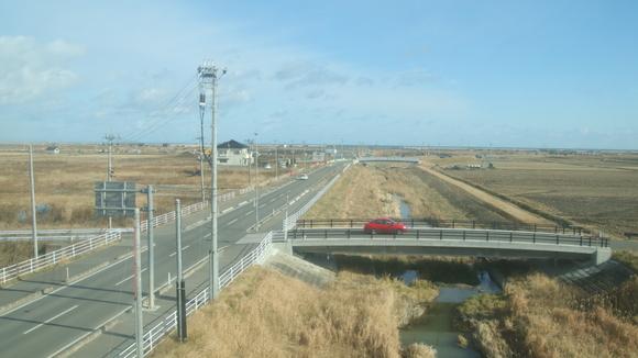 常磐線 浜吉田から相馬間まで 運転再開!_d0202264_8322589.jpg
