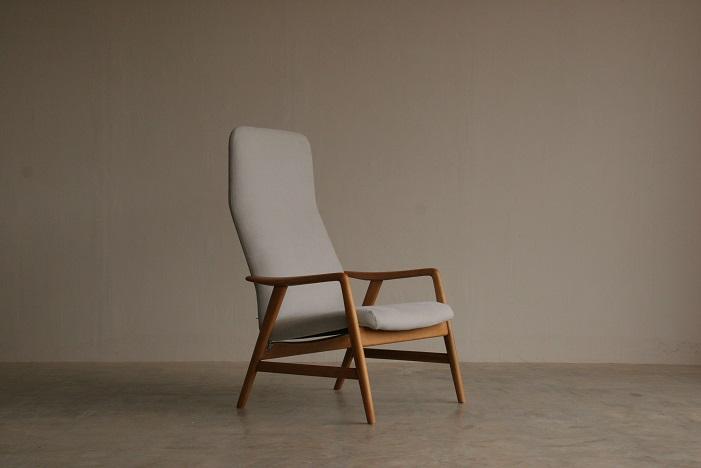 『新潟市T様邸へ Alf Svensson High Back Chair(Beech)』_c0211307_115602.jpg