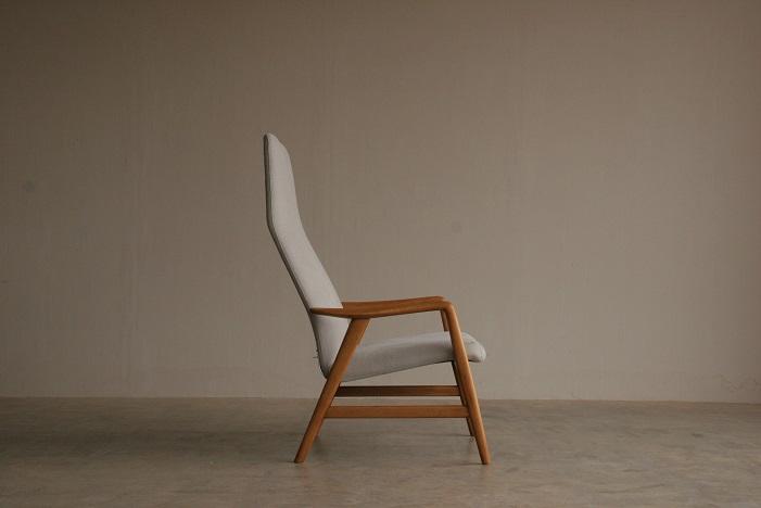 『新潟市T様邸へ Alf Svensson High Back Chair(Beech)』_c0211307_11561285.jpg