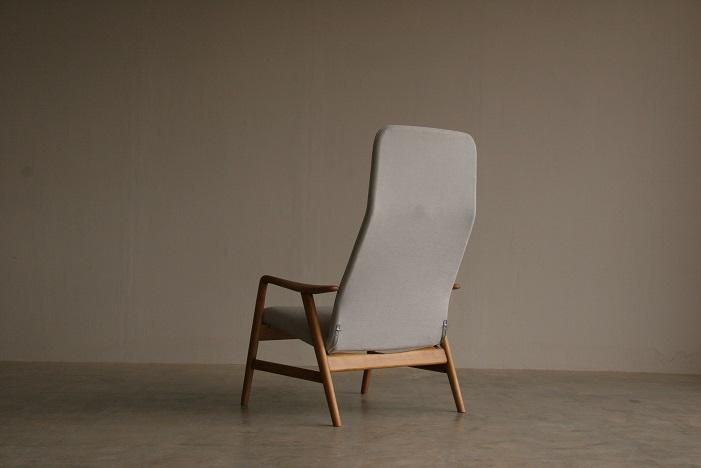『新潟市T様邸へ Alf Svensson High Back Chair(Beech)』_c0211307_11562236.jpg