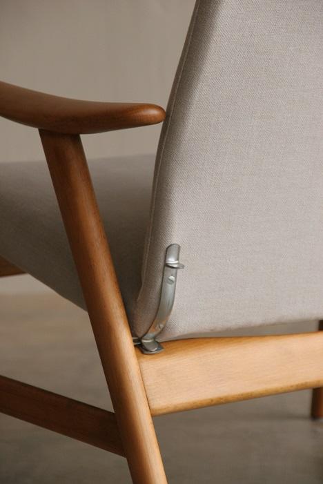 『新潟市T様邸へ Alf Svensson High Back Chair(Beech)』_c0211307_11563381.jpg