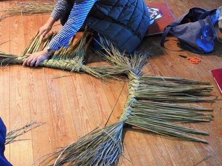 米作り6・お飾りを作ろうA~鳥居形~_a0123836_1528688.jpg