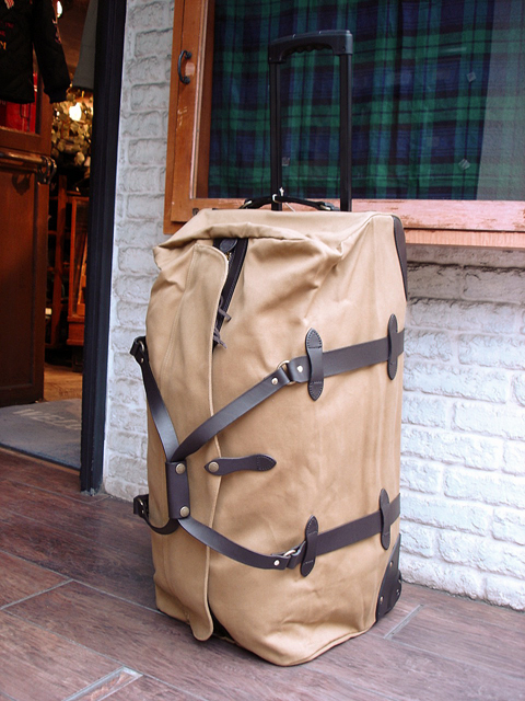NEW : Filson [Rolling Duffle Bag] Large !!_a0132147_1556592.jpg