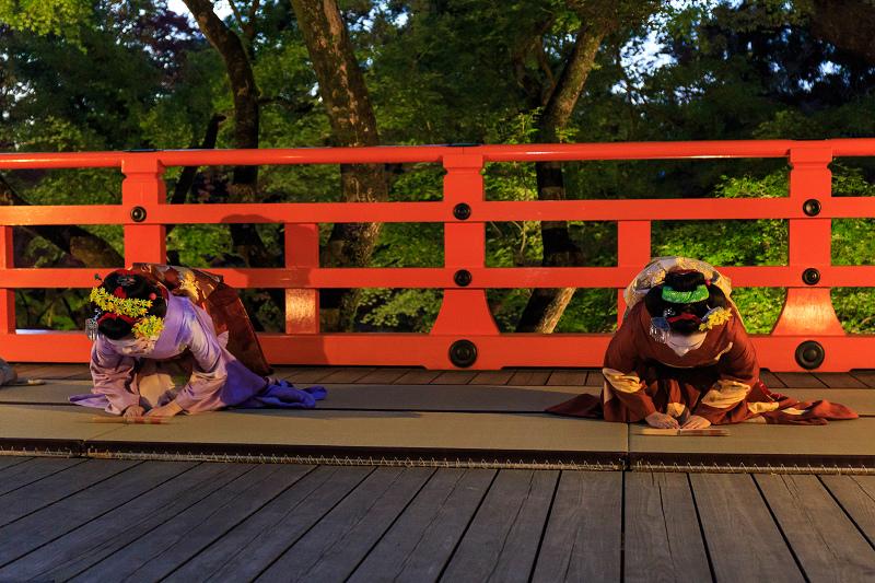 北野天満宮ライトアップ 奉納舞踊(上七軒 勝奈さん、市多佳さん、尚絹さん)_f0155048_23153993.jpg