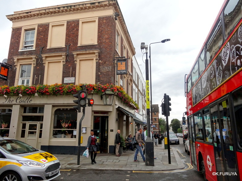 ロンドン 5   ポートベロー・マーケット_a0092659_21205393.jpg