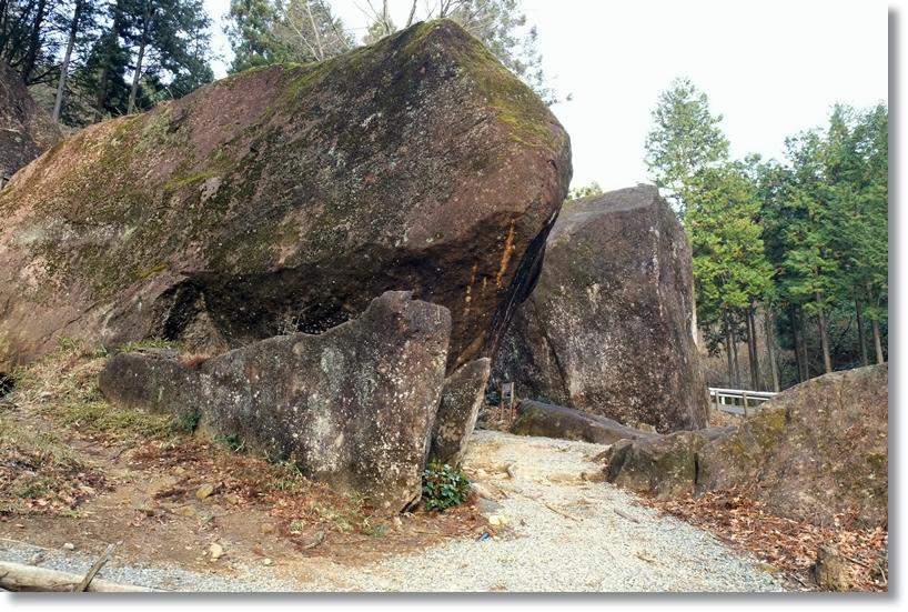 金山巨石群_c0054876_1591455.jpg