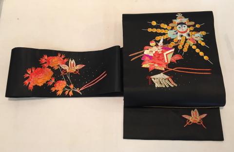 26日より!レアな逸品!桃太郎と狛犬刺繍帯♪販売商品29_c0321302_15342095.jpg