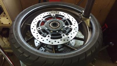 CB400SB タイヤ交換!_e0114857_921551.jpg