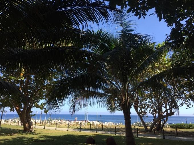 キューバへ行くなら、行く時_a0103940_16435795.jpg