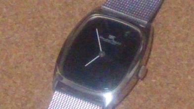 オールドインターを買いました 『IWC』トノー型腕時計_c0364960_08231609.jpg