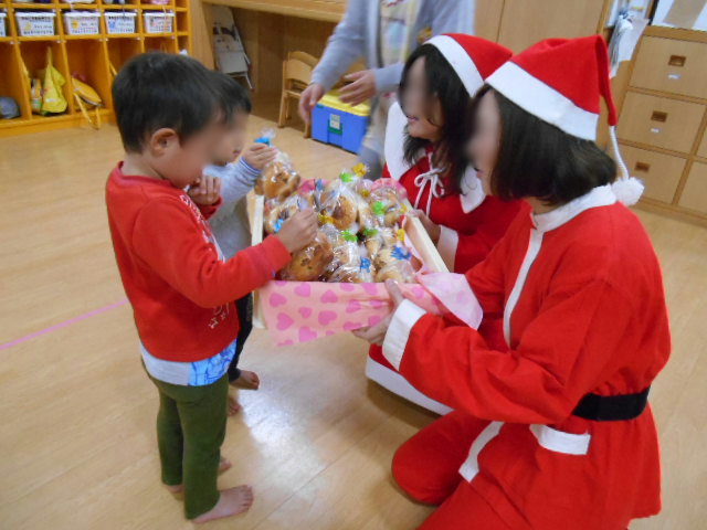 クリスマス会_e0148419_1649377.jpg