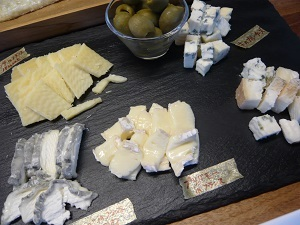 チーズを味わう_c0369433_15550128.jpg