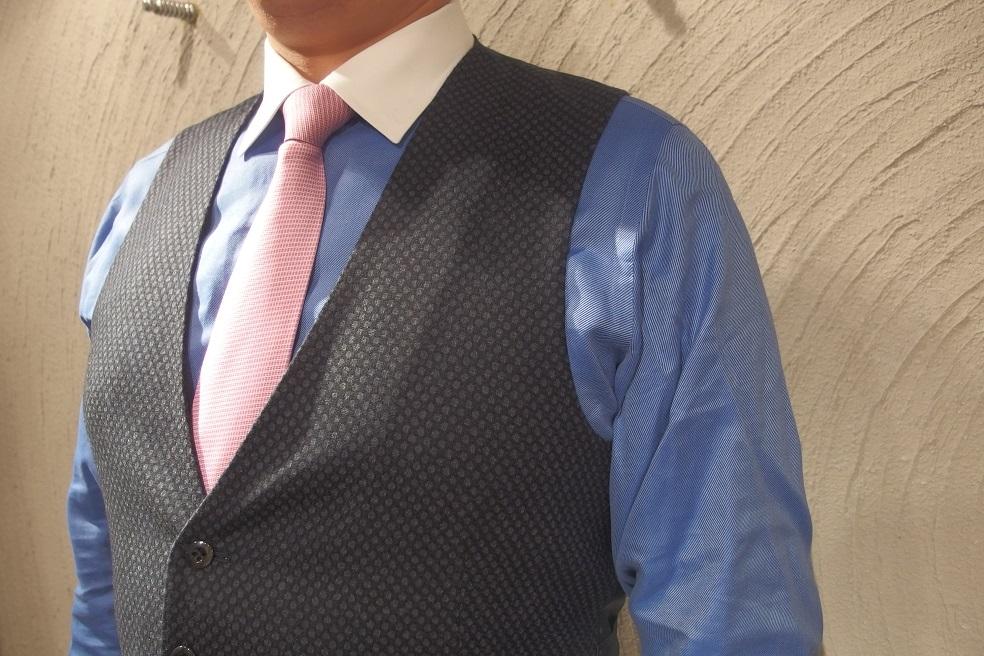 フルオーダースーツを2着ご紹介。_d0165136_16311560.jpg