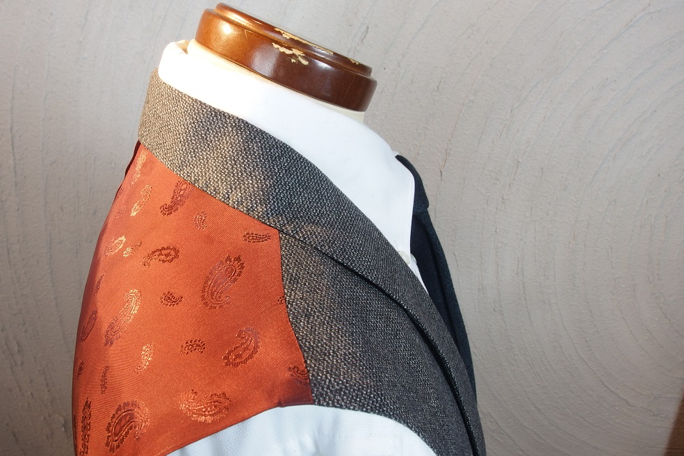 フルオーダースーツを2着ご紹介。_d0165136_1631167.jpg